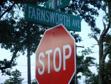 Farnsworth Ave