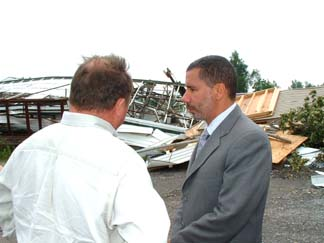 Gov. David Paterson talks with Assemblyman Steve Hawley (R-Batavia) Wednesday afternoon in Corfu.