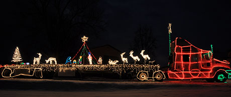 christmaslighttruck02.jpg