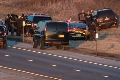 NYS Thruway shut down between Rochester-Buffalo after high-speed police chase