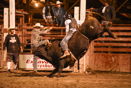 attica_rodeo_saturday_night-11.jpg