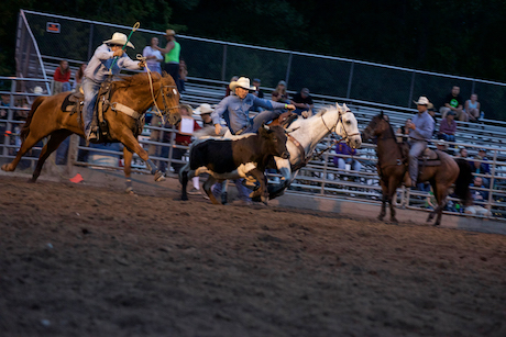 attica_rodeo_thursday_night_6.jpg
