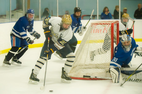 bhs_nd_hockey_dec122015-3.jpg
