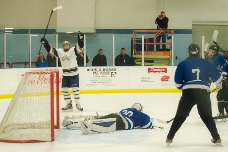 bhs_nd_hockey_dec122015-4.jpg