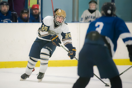 bhs_nd_hockey_dec122015.jpg