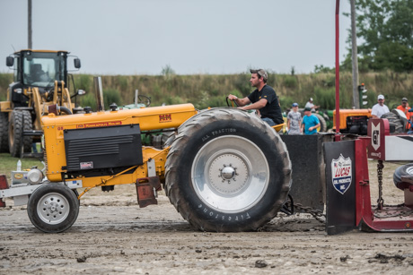 fairtracktorpull2017-4.jpg