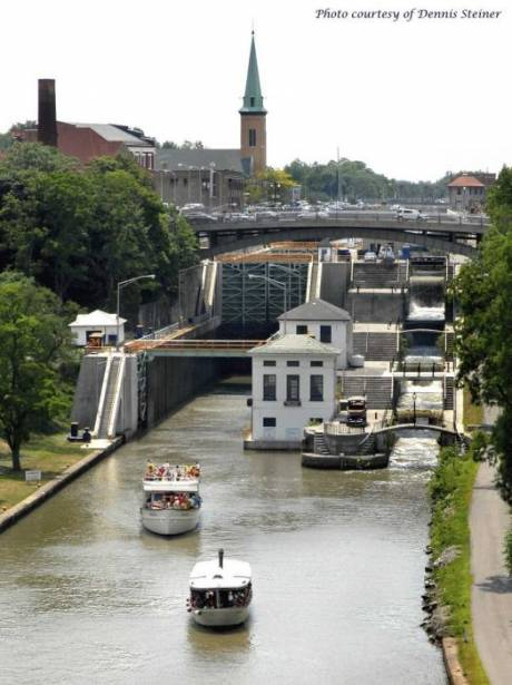 lockport_locks_erie_canal_cruises.jpg