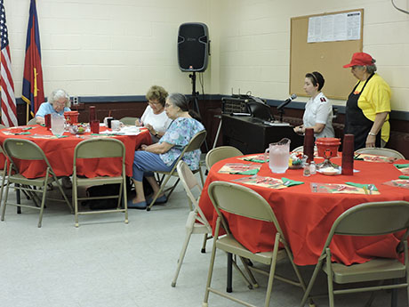 sal_army_senior_lunch_002.jpg