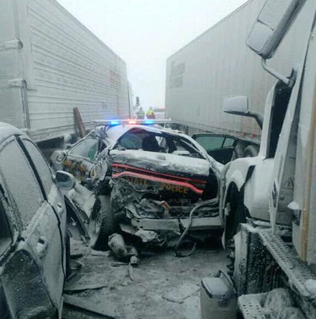 Two truck drivers cited in 21-vehicle Thruway accident | The