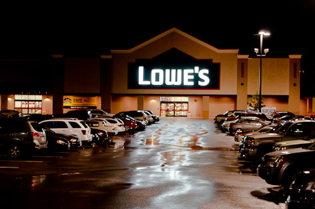 Employees Of Batavia Lowe S Told Store Closing Layoffs