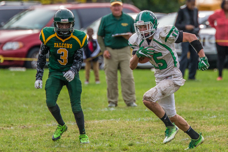 pembroke_varsity_football_at_cg_finney_20161008-3749.jpg