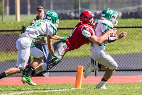 pembroke_varsity_football_at_holley_20160924-5678.jpg
